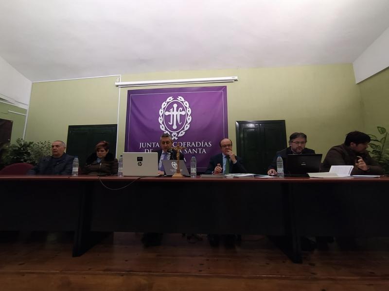 LA HERMANDAD DE LA SOLEDAD DEL PUENTE APRUEBA EL BORRADOR DE SUS NUEVOS ESTATUTOS
