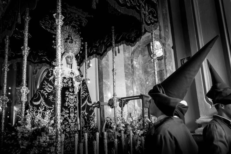 FOTOGRAFIAS Y LITERATURA NAZARENAS PARA COMBATIR LA PANDEMIA