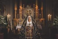 CUENCA SE LLENA DE FE PARA BESAR LA MANO DE LA MADRE DEL JUEVES SANTO